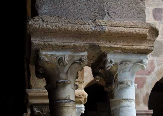 Capitals, cloisters of Frejus